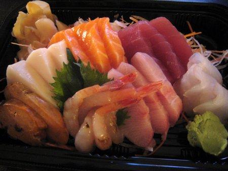 Koto_takeout_sashimi