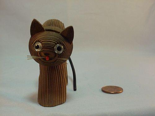 Woodencat