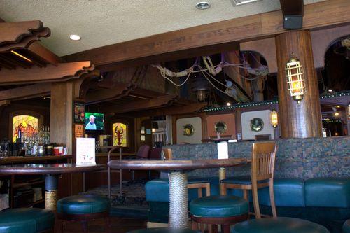 Red lion more quay bar