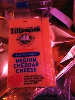Airline tillamook cheese
