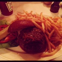 Minetta tavern black label burger