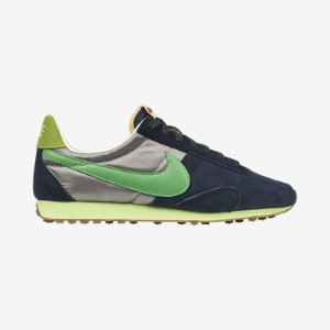Nike-Pre-Montreal-Racer-Vintage-Womens-Shoe-555258_402_A