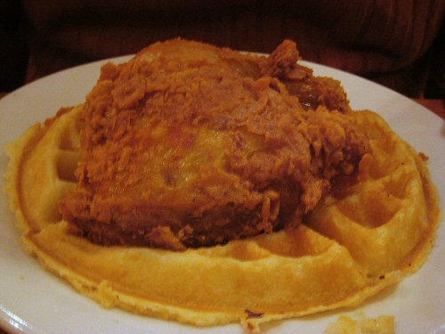 amy_ruths_chicken_and_waffle.jpg